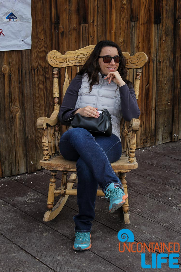Rocking Chair Hillary Pioneertown