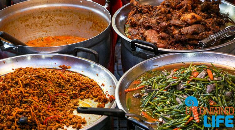 Street Food Tha Din Daeng Bangkok Thailand