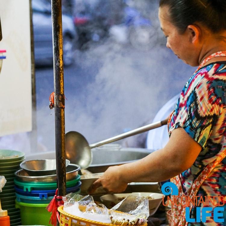 Soup Tha Din Daeng Bangkok