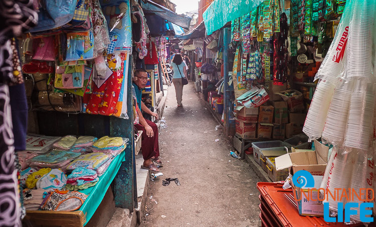 Jakarta Slum Tour, Local Market, Uncontained Life