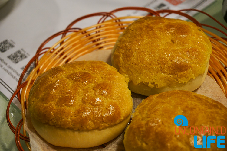Pineaapple Buns, things to avoid when visiting Hong Kong, Uncontained Life